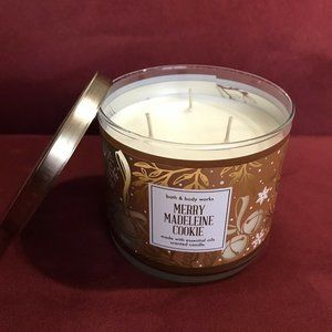 Bath Body Works Merry Madeline Cookie Large Candle